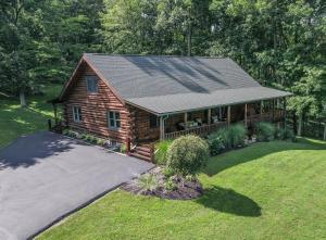 6695 Pleasant Valley Road, Nashport, OH 43830