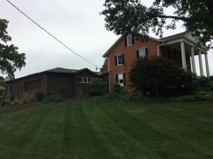 Additional photo for property listing at 300 Bowen 300 Bowen Canal Winchester, Ohio 43110 Estados Unidos