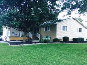 689 Sharon Valley Road, Newark, OH 43055