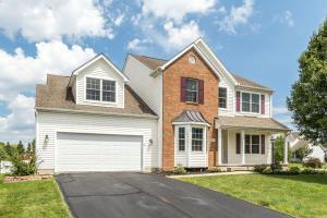 Property for sale at 102 Longleaf Street, Pickerington,  OH 43147
