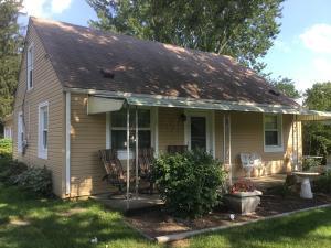 180 Center Street, Groveport, OH 43125