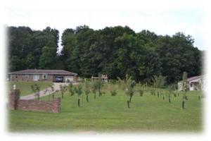 独户住宅 为 销售 在 17950 State Route 329 Glouster, 俄亥俄州 45732 美国