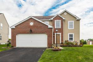 216 Autumn Leaves Way, Johnstown, OH 43031