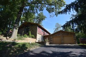 295 Taylor Blair Road, West Jefferson, OH 43162