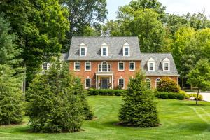 10439 Hoover Woods Road, Galena, OH 43021