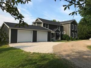 8631 Township Road 475, Lakeville, OH 44638