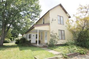 104 S Rogers Street, Mount Vernon, OH 43050