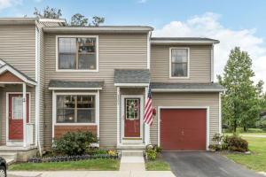 8205 Rochester Way, Westerville, OH 43081
