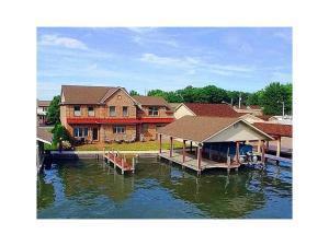 独户住宅 为 销售 在 9611 State Route 368 9611 State Route 368 Huntsville, 俄亥俄州 43324 美国