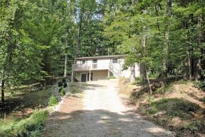 37 Seneca Lane, Hide A Way Hills, OH 43107