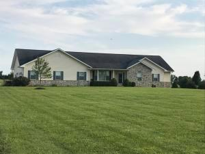 4185 Canal Road NE, Pleasantville, OH 43148