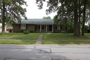 独户住宅 为 销售 在 101 Yorkshire Circle Lima, 俄亥俄州 45804 美国