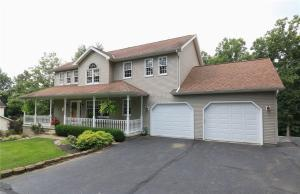 Single Family Home for Sale at 10795 Mitchell Hill 10795 Mitchell Hill Dresden, Ohio 43821 United States
