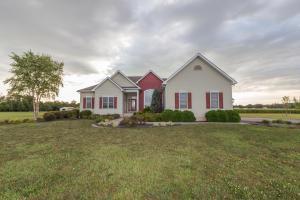独户住宅 为 销售 在 11243 Goodman 11243 Goodman Ashville, 俄亥俄州 43103 美国