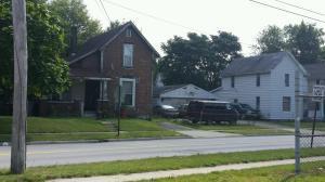 独户住宅 为 销售 在 819 St. Johns Lima, 俄亥俄州 45804 美国