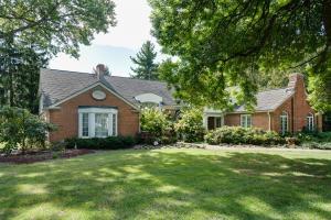 Property for sale at 2475 Onandaga Drive, Upper Arlington,  OH 43221