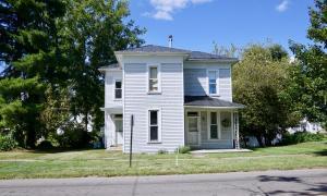 Casa Unifamiliar por un Venta en 70 Main 70 Main Centerburg, Ohio 43011 Estados Unidos
