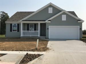 Single Family Home for Sale at 177 Chestnut Commons 177 Chestnut Commons Commercial Point, Ohio 43116 United States