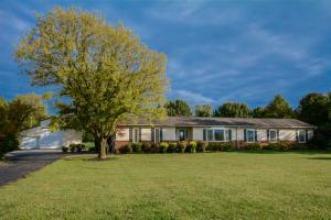 Property for sale at 7643 Patterson Road, Hilliard,  OH 43026