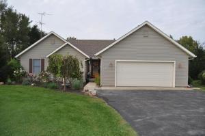 独户住宅 为 销售 在 4606 Urbana Woodstock 4606 Urbana Woodstock Cable, 俄亥俄州 43009 美国
