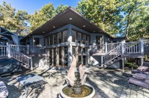 Property for sale at 7680 Bridlespur Lane, Delaware,  OH 43015