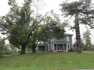 独户住宅 为 销售 在 4016 State Route 546 4016 State Route 546 Lexington, 俄亥俄州 44904 美国