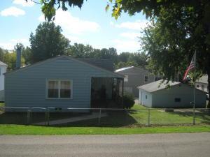 Casa Unifamiliar por un Venta en 2715 Park 2715 Park Millersport, Ohio 43046 Estados Unidos