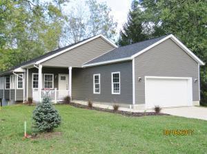 Single Family Home for Sale at 38 Calhoun 38 Calhoun Centerburg, Ohio 43011 United States