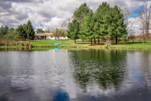 独户住宅 为 销售 在 9966 Loop 9966 Loop Millersport, 俄亥俄州 43046 美国
