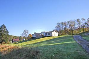 Single Family Home for Sale at 21800 Township Road 342 21800 Township Road 342 Glenmont, Ohio 44628 United States