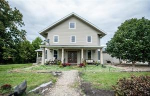 Single Family Home for Sale at 9905 Claysville 9905 Claysville Chandlersville, Ohio 43727 United States