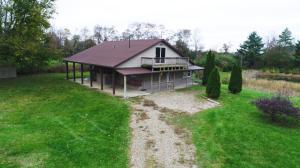 Single Family Home for Sale at 5716 Co Rd 9 5716 Co Rd 9 Edison, Ohio 43320 United States
