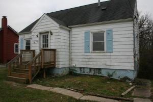 独户住宅 为 销售 在 805 Charles 805 Charles Galion, 俄亥俄州 44833 美国