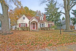 Property for sale at 374 Chatham Road, Columbus,  OH 43214