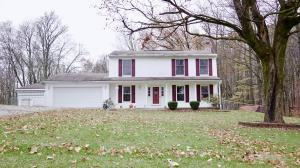 Single Family Home for Sale at 1216 County Road 170 1216 County Road 170 Marengo, Ohio 43334 United States