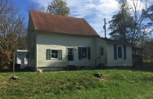 Casa Unifamiliar por un Venta en 10174 State Route 41 10174 State Route 41 Bainbridge, Ohio 45612 Estados Unidos