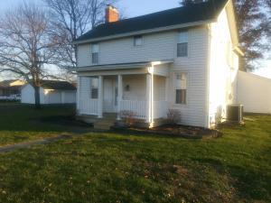 Single Family Home for Sale at 421 Rathmell 421 Rathmell Lockbourne, Ohio 43137 United States