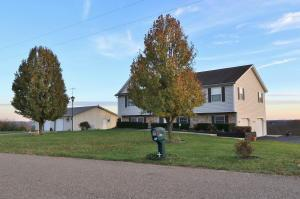 Casa Unifamiliar por un Venta en 6600 Old Stagecoach 6600 Old Stagecoach Frazeysburg, Ohio 43822 Estados Unidos