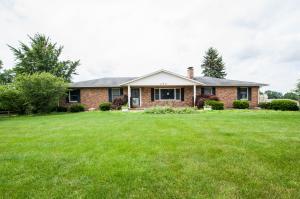 独户住宅 为 销售 在 250 State Route 56 250 State Route 56 London, 俄亥俄州 43140 美国