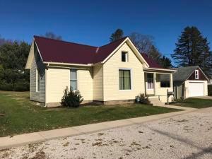Casa Unifamiliar por un Venta en 98 6th 98 6th Fredericktown, Ohio 43019 Estados Unidos