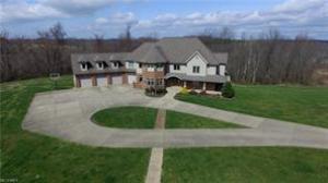 独户住宅 为 销售 在 59777 Claysville 59777 Claysville Cambridge, 俄亥俄州 43725 美国