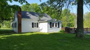 Single Family Home for Sale at 2245 County Road 206 2245 County Road 206 Marengo, Ohio 43334 United States