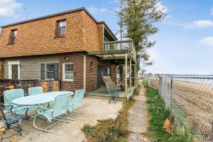 独户住宅 为 销售 在 4405 Bank 4405 Bank Millersport, 俄亥俄州 43046 美国