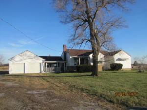 Casa Unifamiliar por un Venta en 4902 Columbus-Sandusky 4902 Columbus-Sandusky Marion, Ohio 43302 Estados Unidos