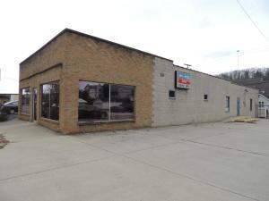 Commercial for Sale at 1210 Hunter 1210 Hunter Logan, Ohio 43138 United States