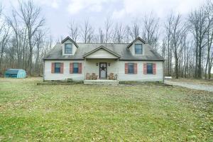 Casa Unifamiliar por un Venta en 2747 Township Road 254 2747 Township Road 254 Cardington, Ohio 43315 Estados Unidos