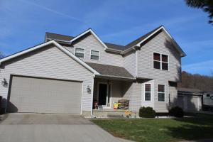 独户住宅 为 销售 在 17475 Fork 17475 Fork Nelsonville, 俄亥俄州 45764 美国