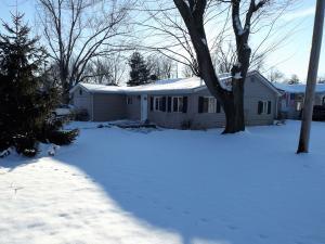 独户住宅 为 销售 在 14544 Beech 14544 Beech Lakeview, 俄亥俄州 43331 美国