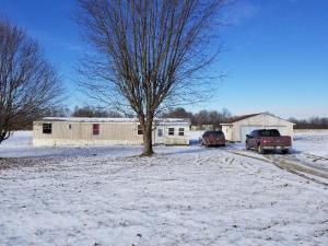 Casa Unifamiliar por un Venta en 8841 Berrysville 8841 Berrysville Hillsboro, Ohio 45133 Estados Unidos
