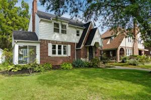Property for sale at 498 Oakland Park Avenue, Columbus,  OH 43214